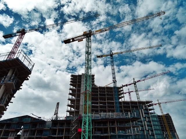 Wypożyczalnia dźwigów budowlanych